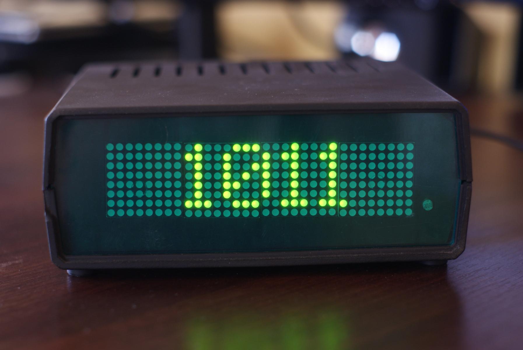Zegar LED - ciśnienie